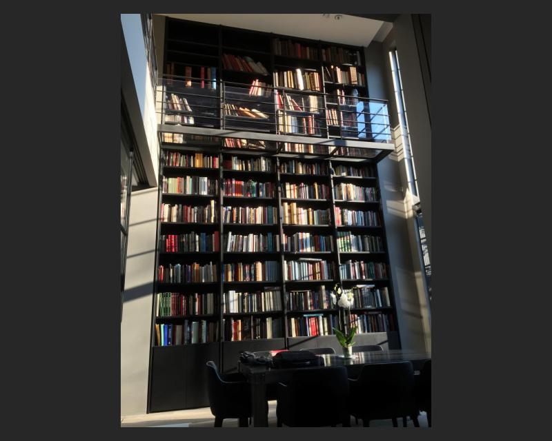 Bibliotheek op het gelijkvloers