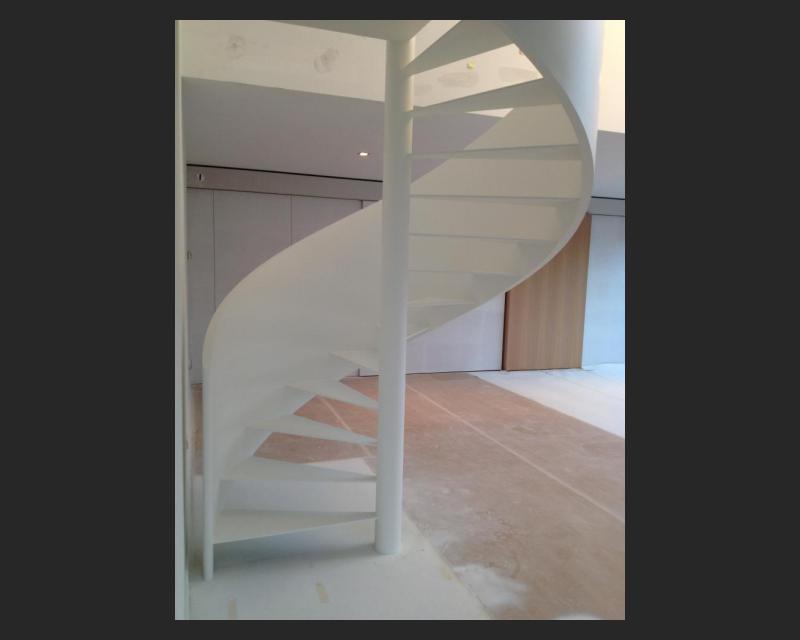 Keukenzijde van de trap